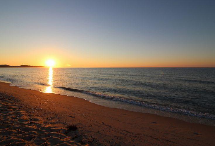 Costa Rei Alba spiaggia